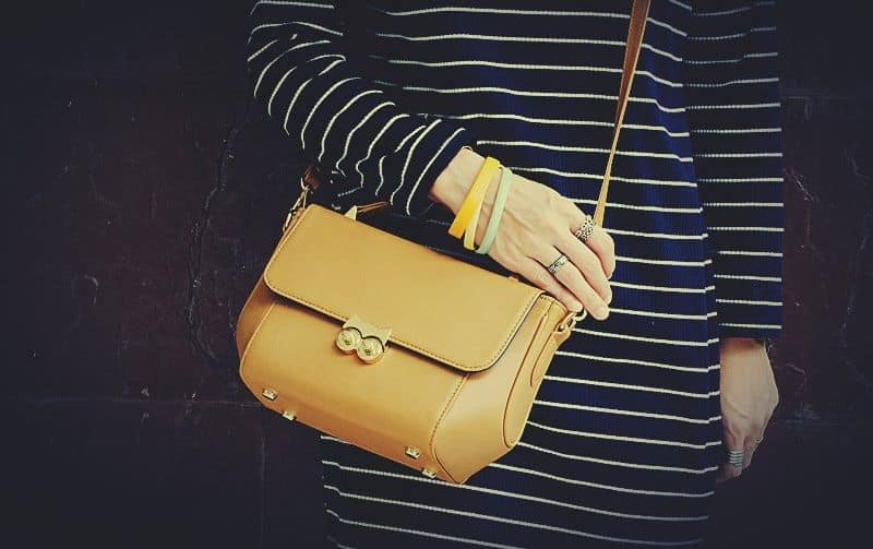 กระเป๋าถือ Handbag genuine leather owl