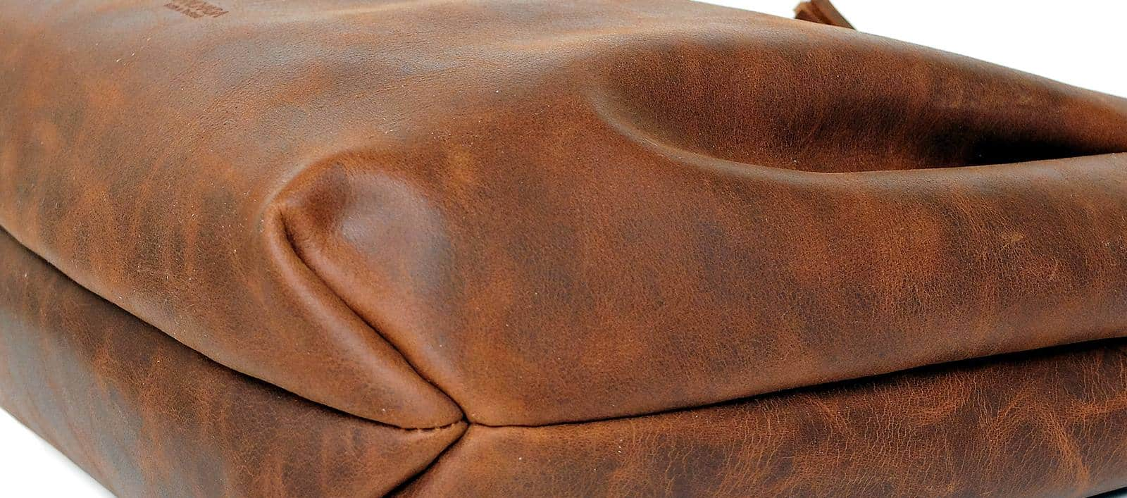 หนังแท้ Genuine leather