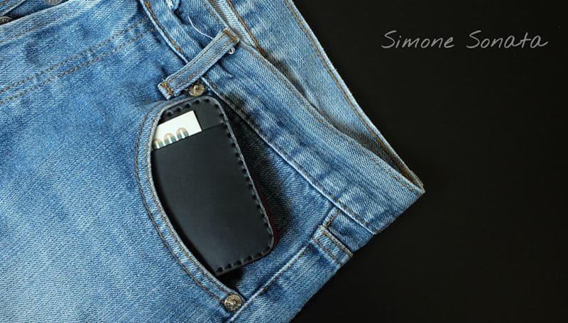 กระเป๋าสตางค์ ผู้ชาย วัสดุหนังแท้ สีดำ